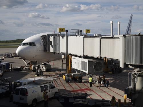 Flughafen München - Terminal 1/Gate D55 - Warten auf's Boarding